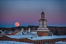 __KUOoyrI3_00045_Moonrise_Over_the_Mill.jpg